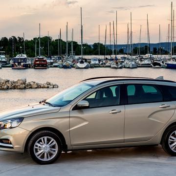 Продажи — ничто, имидж — все: эксперты оценили рыночный потенциал Lada Vesta SW