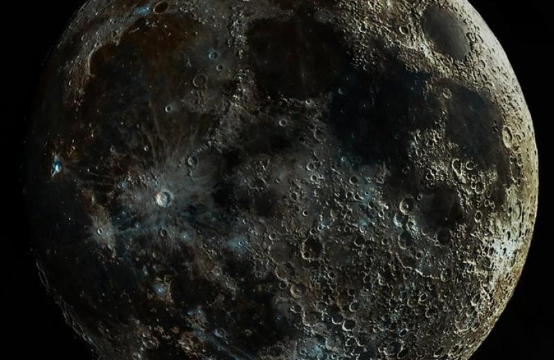 Фотограф создал самый четкий снимок Луны, используя лунный терминатор