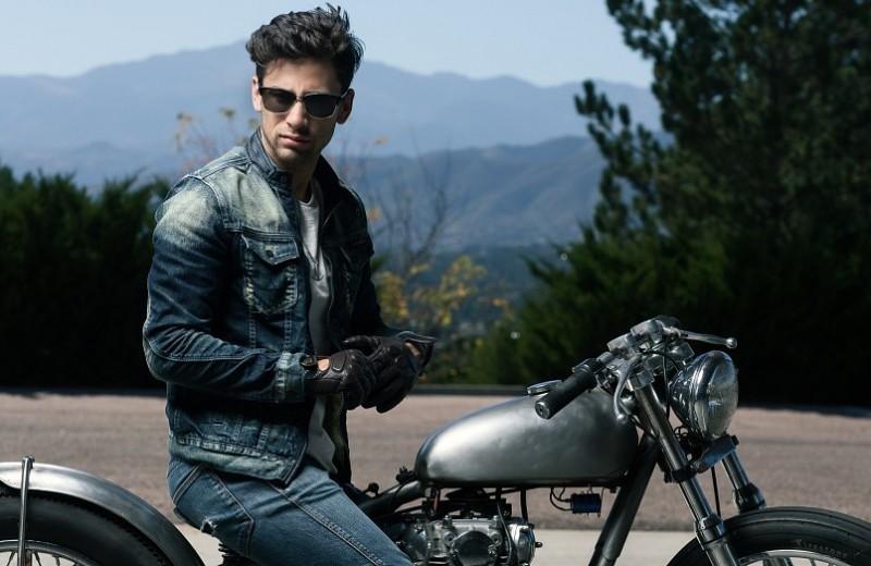 Красный мотоцикл и другие признаки, что у твоего мужчины кризис среднего возраста