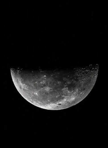 Купание в Море Ясности: на Луне оказалось больше воды, чем думали
