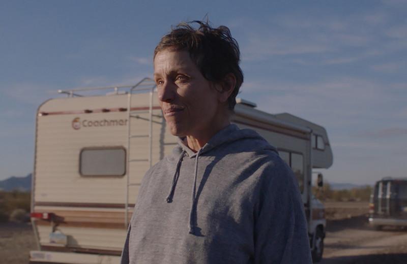 10 причин посмотреть «Землю кочевников» – фильм – победитель «Оскара-2021»