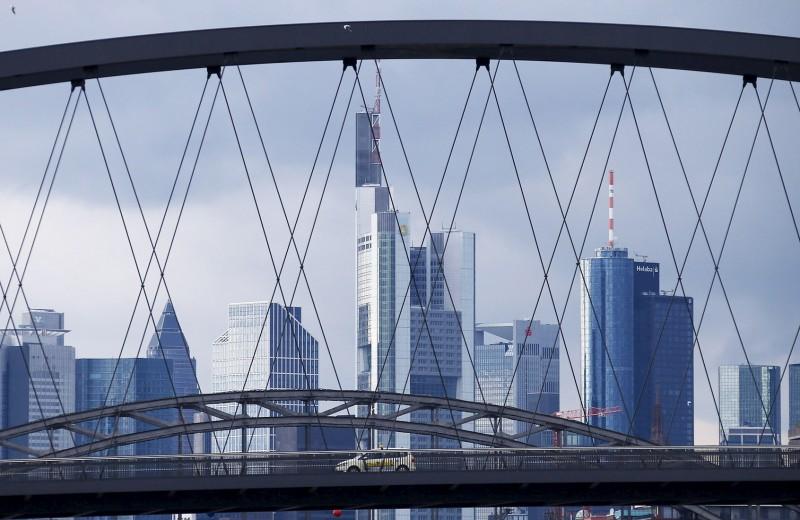 Сколько можно заработать на акциях европейских банков