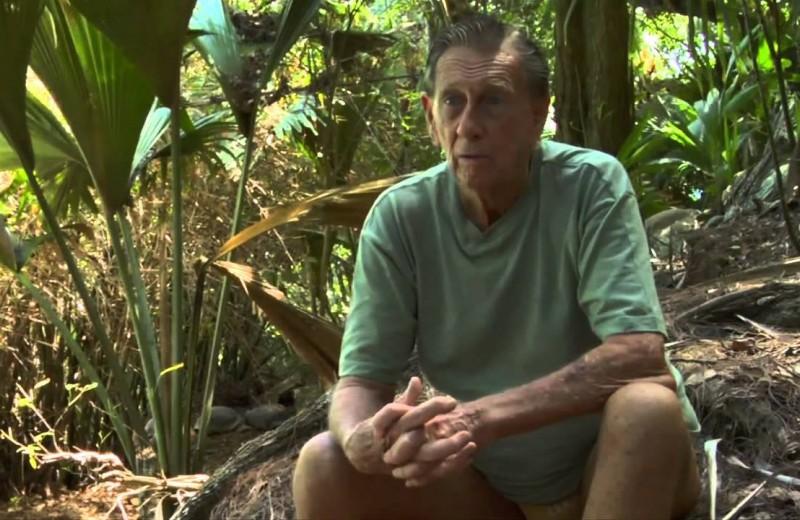 Современный Робинзон: мужчина купил и облагородил необитаемый остров на Сейшелах