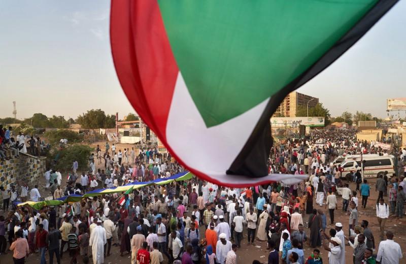 Суданские активистки о жестоком разгоне протестующих и будущем страны