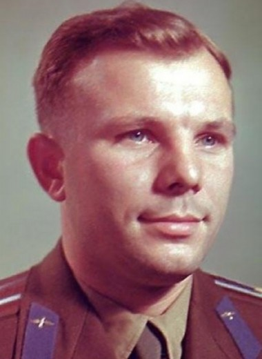 Почему разбился Юрий Гагарин?