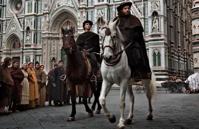 Не только «Великолепный век»: лучшие исторические сериалы про любовь и страсть