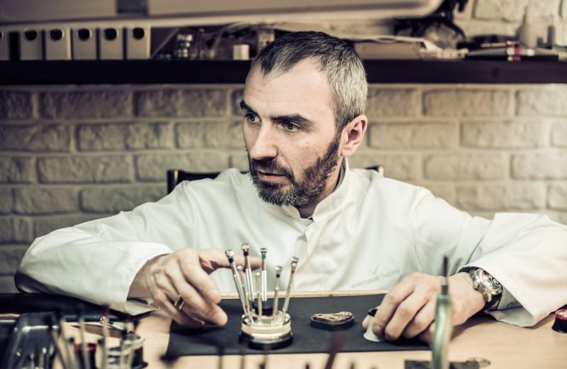 Человек из «Машины времени»: как часовщик-самоучка стал лучшим мастером России