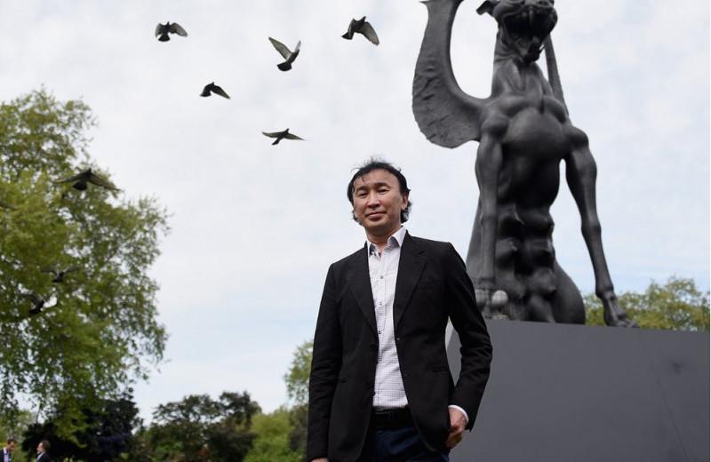 Всемирно известный скульптор променял Англию и Италию на Читу, чтобы спасти родное село