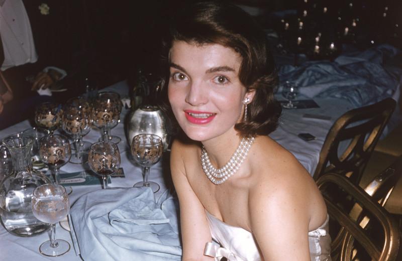 Как стиль Жаклин Кеннеди повлиял на индустрию моды