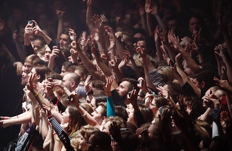 Музыка их связала. Появится ли в России государственный рэп?