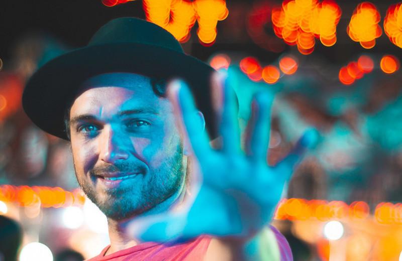 Хватит ходить ссуровым лицом: 7способов находить причину улыбнуться каждый день
