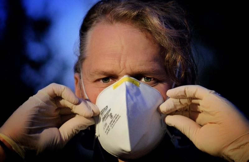 Какой еще «Сарс», если бушует «Ковид»: коронавирусный ликбез