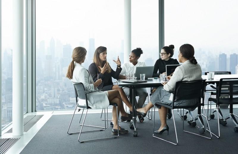 Женская солидарность: 7 манифестов героинь Forbes Woman о равенстве в бизнесе и жизни