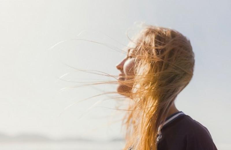 5 правил ухода за волосами и кожей головы летом