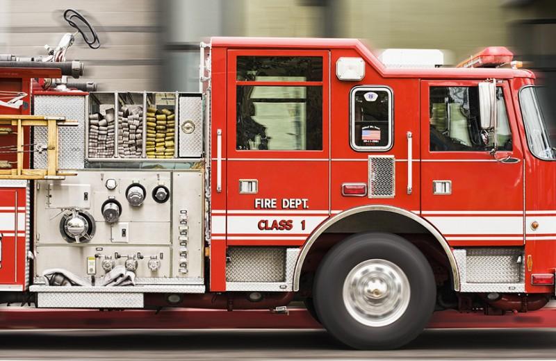 Как жить в мире, где все отвлекает, или почему пожарные машины красного цвета
