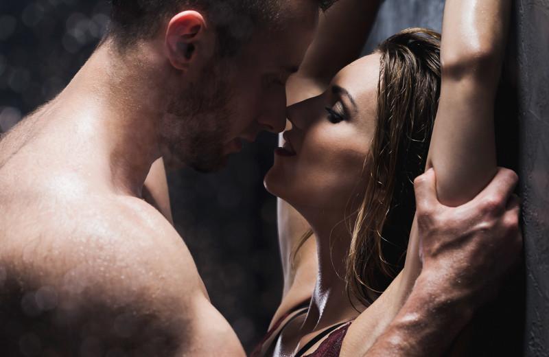8 романтичных и откровенных секс-поз, которые вернут нежность в ваши отношения