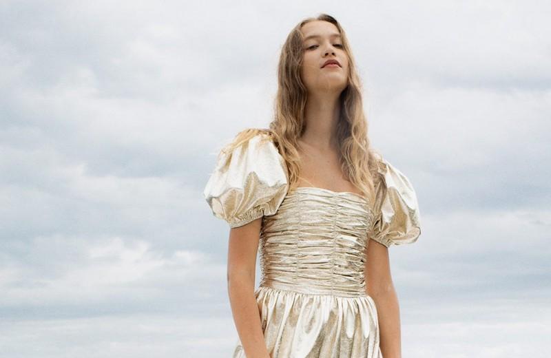 6 брендов, создающих правильные платья для подружек невесты
