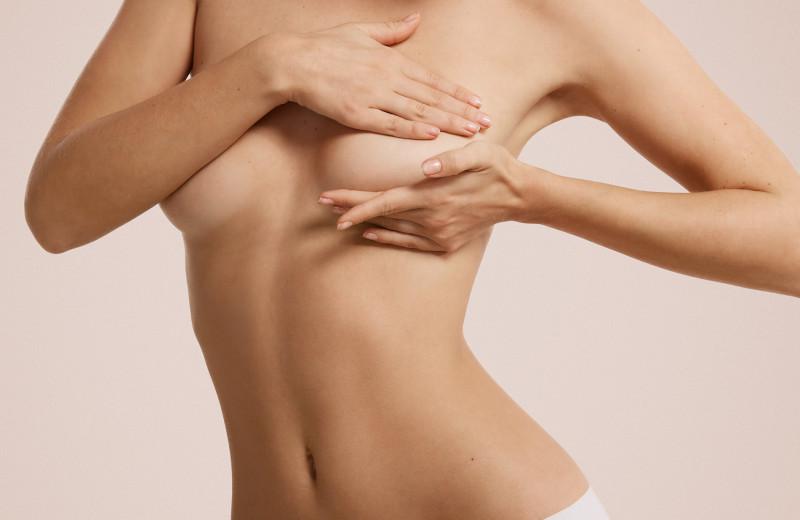 Это не рак: 5 причин, почему могут появиться уплотнения в груди