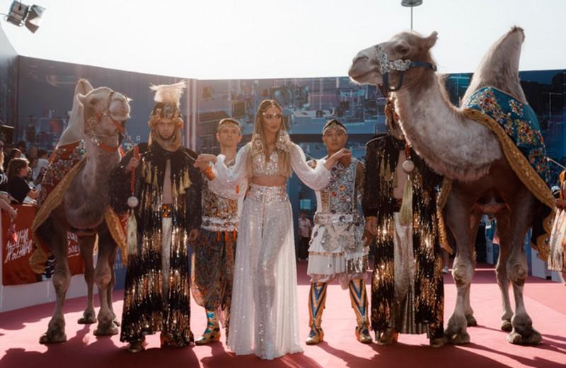 Уже не #ВтораяПослеПутина: сколько зарабатывают в Instagram Ольга Бузова, Настя Ивлеева и другие звезды