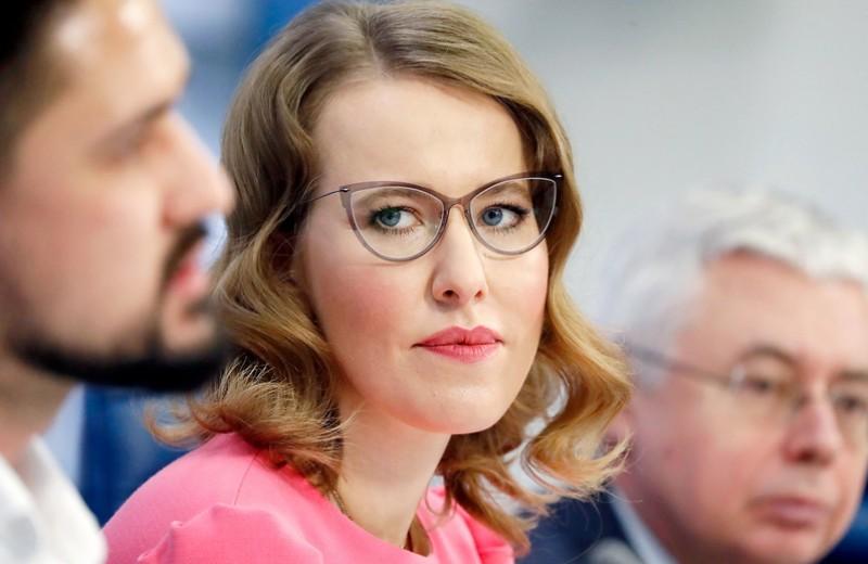 «Крабовая барыня»: как Ксения Собчак решила потеснить зятя миллиардера Тимченко в добыче краба