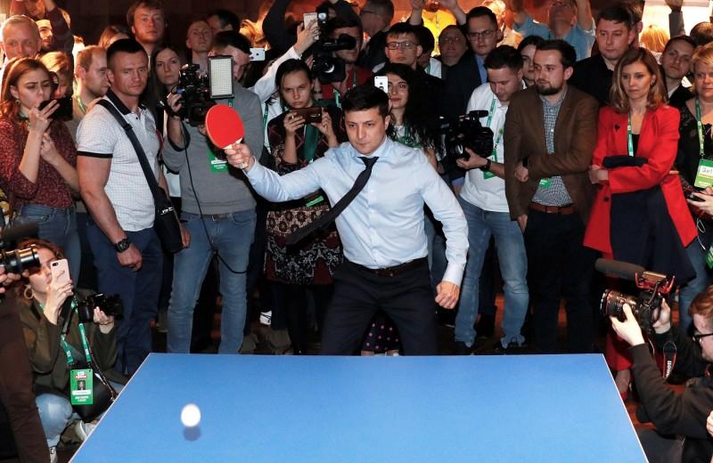 Украинская дуэль: сможет ли Порошенко переиграть Зеленского