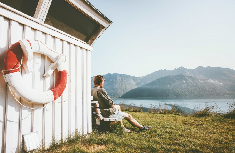 На природу с комфортом: что такое глэмпинг и почему это идеальный вид отдыха в 2020 году
