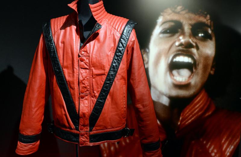 Майкл Джексон иего легендарный красный пиджак для клипа Thriller