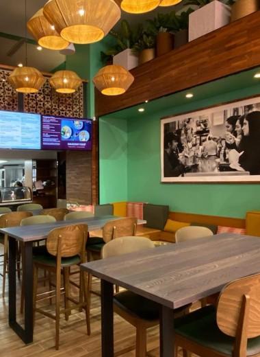 Управляющие лучшего ресторана Вашингтона помогли открыть у Белого дома кафе с иммигрантской едой