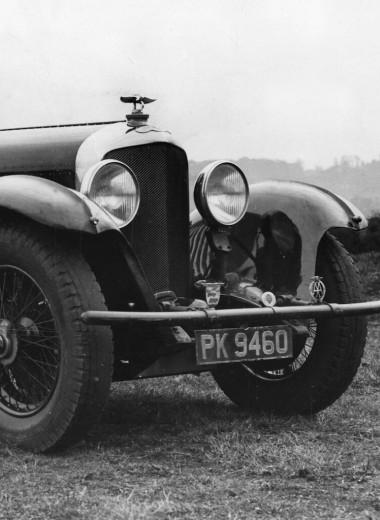 В поисках множества балансов: история автомобилей XX века