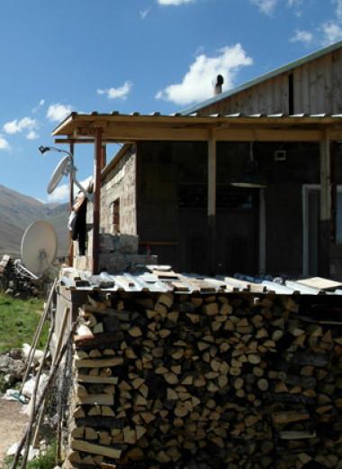 Чужие среди чужих.Истории жителей карабахских деревень, которые отошли Азербайджану