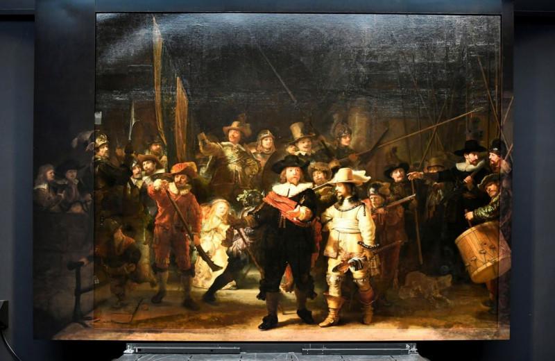 Нейросеть дописала картину Рембрандта, обрезанную в XVIII веке