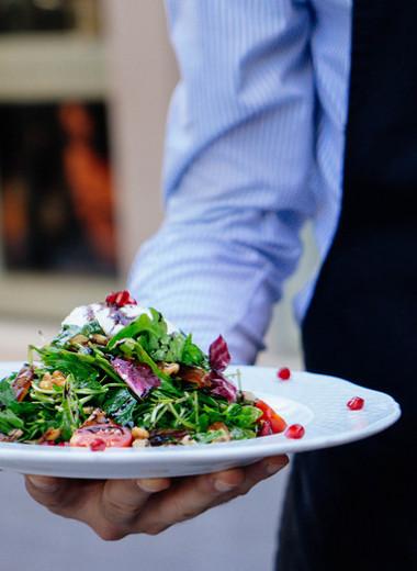 Как пожаловаться в ресторане, не устраивая сцену: 4 главных правила