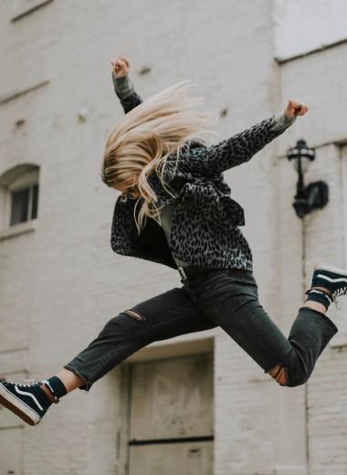 Прыжок с подсечкой и другие опасные школьные игры: как уберечь ребенка