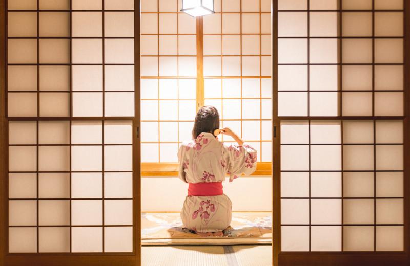Сколько стоят гейши: как устроен современный мир эскорта в Японии