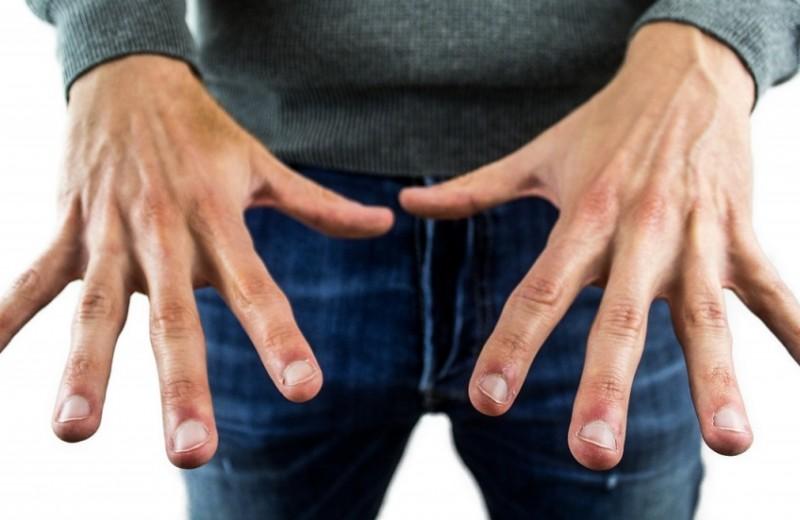 8 причин, почему каждый мужик должен делать маникюр и педикюр (внезапно)