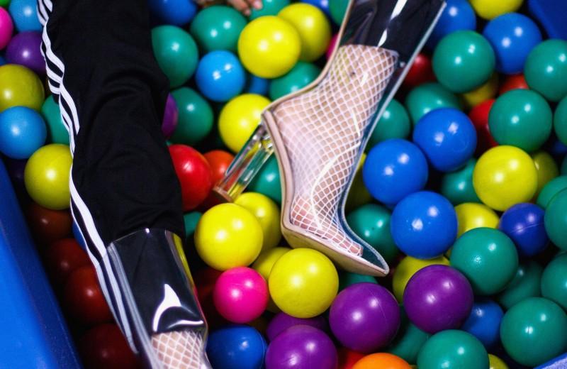 Как ходить в обуви на каблуках и не умереть