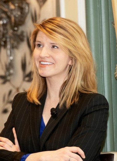 Как дочь фанатика-мормона из Айдахо стала профессором Кембриджа и любимой писательницей Гейтса и Обамы