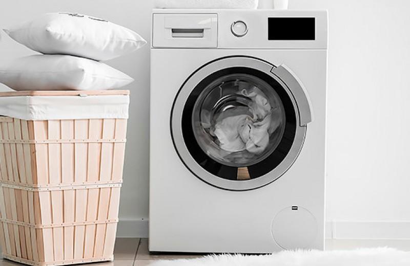 Свежий сон: как правильно стирать подушки