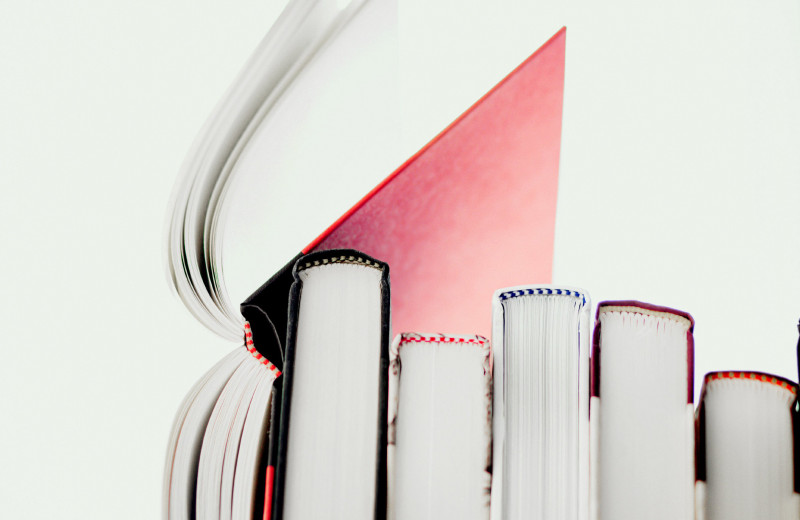 Легкое чтение: 5 книг из знаменитого книжного клуба Риз Уизерспун