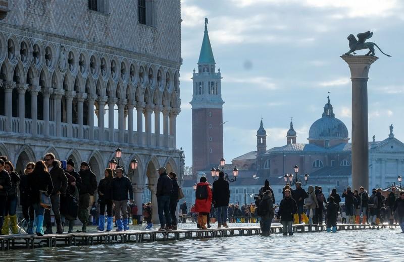 Набережная неисцелимых: как Венеция переживала самое сильное наводнение за 50 лет