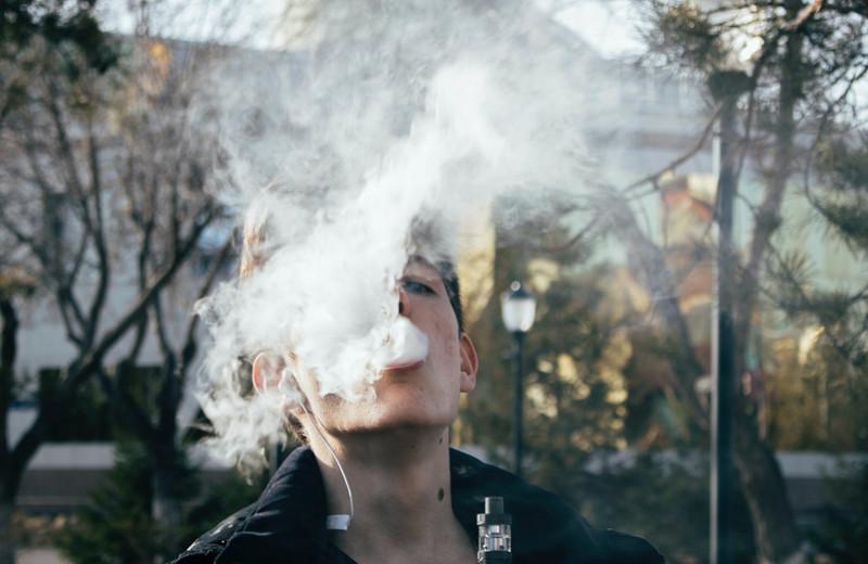 Вейп иэлектронные сигареты: 4правила использования на людях (дыми сумом)