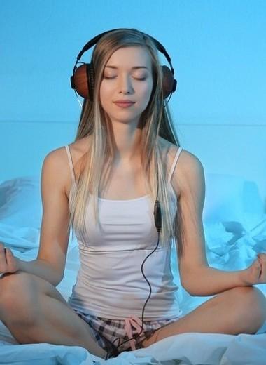 Как работает медитация перед сном для женщин (спойлер: ты наконец станешь спокойнее)