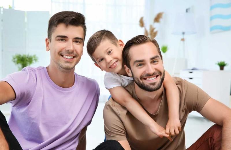 И отец, и отчим: кто для ребенка главнее?