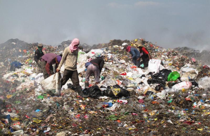 США в 2016 году достигли мирового рекорда по количеству пластиковых отходов