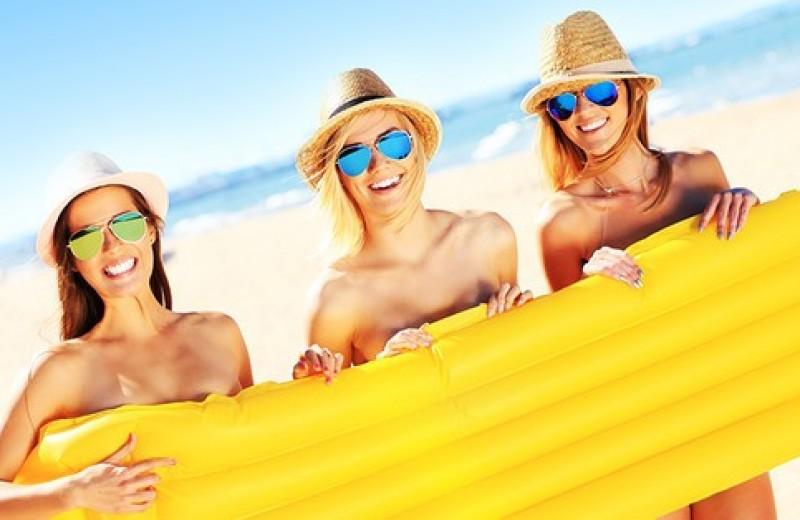 Все, что нужно знать начинающему нудисту: советы, правила и адреса пляжей