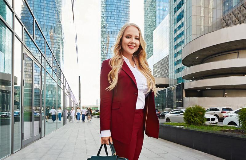 Как выпускница физфака построила мебельную компанию в России и запустила стартап для управления офисами в США