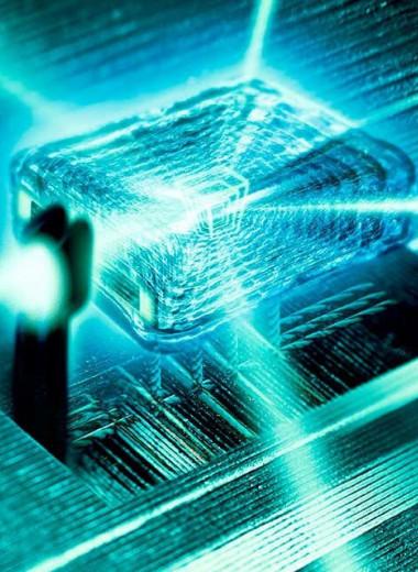 Мощные лазеры могут создавать антивещество, имитируя условия нейтронной звезды