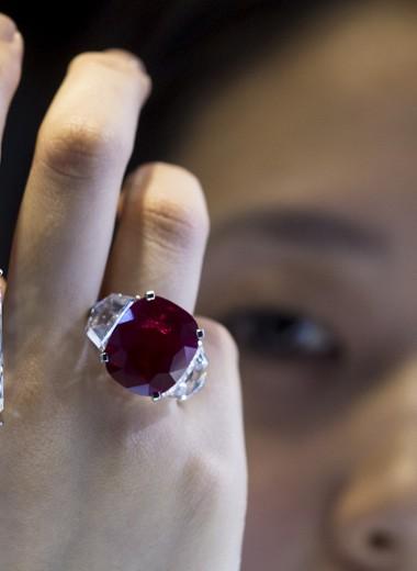Блестящая инвестиция: драгоценные камни выросли в цене на 110% за 10 лет