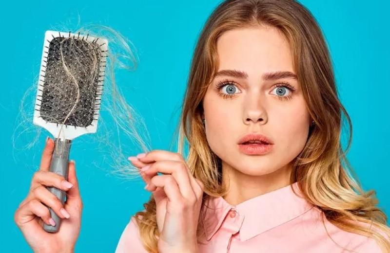 Несем потери: причины выпадения волос у женщин и как с ними бороться