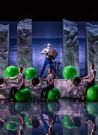 Успеть увидеть в театре: 10 спектаклей-открытий «Золотой маски»